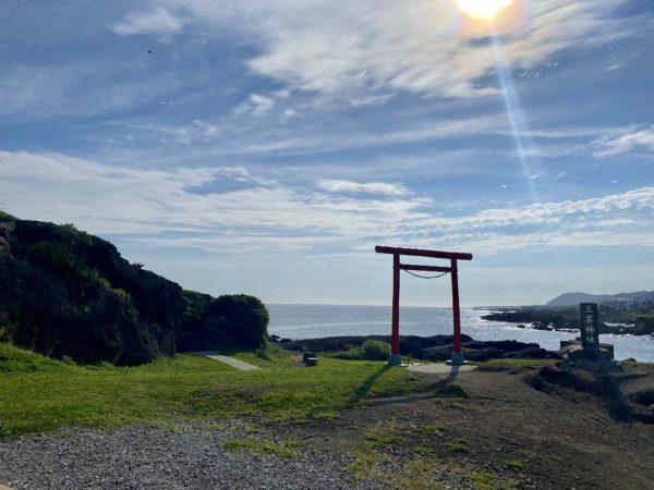 画像に alt 属性が指定されていません。ファイル名: 海辺の鳥居2-600x450.jpeg